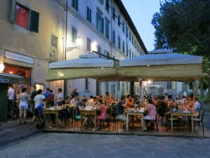 Eat horse meat in Santo Spirito, Florence