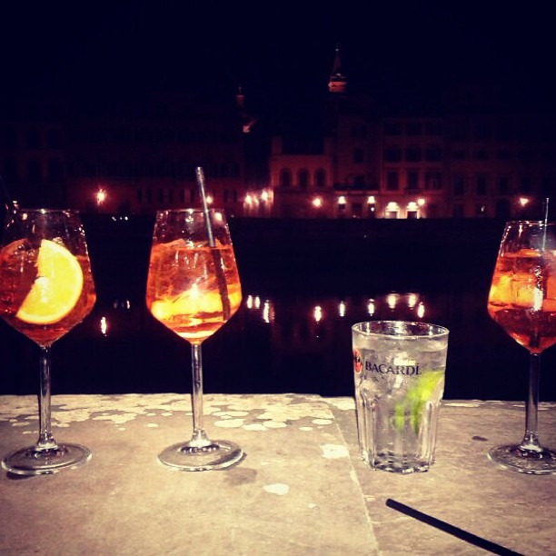 Notte Bianca drinks by the Arno river