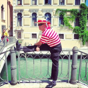 Gondola man in waiting