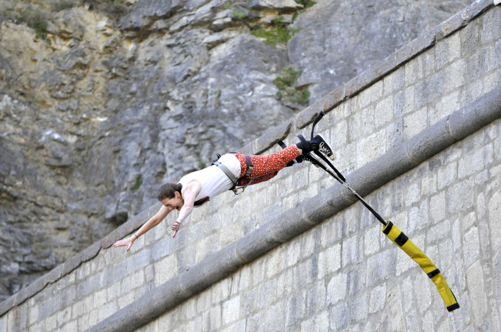 bungee jumping in France - Briancon in the French Alps