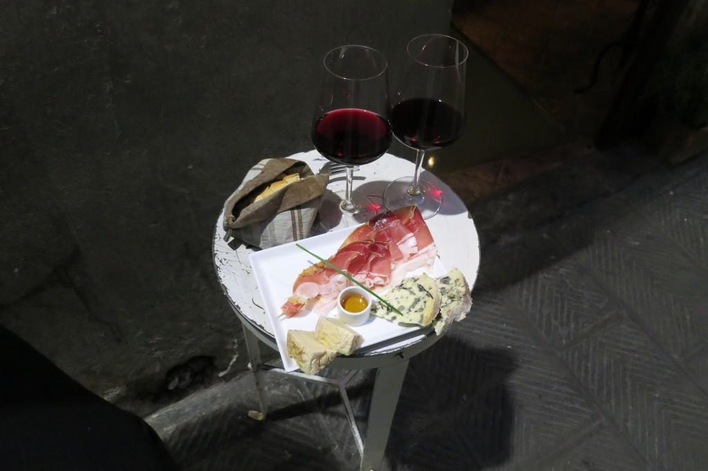 Il Santino wine bar