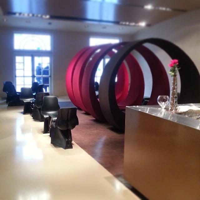 UNA Hotel bar