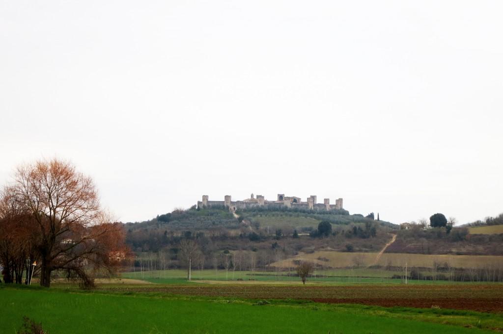 Monteriggioni, Driving in Tuscany