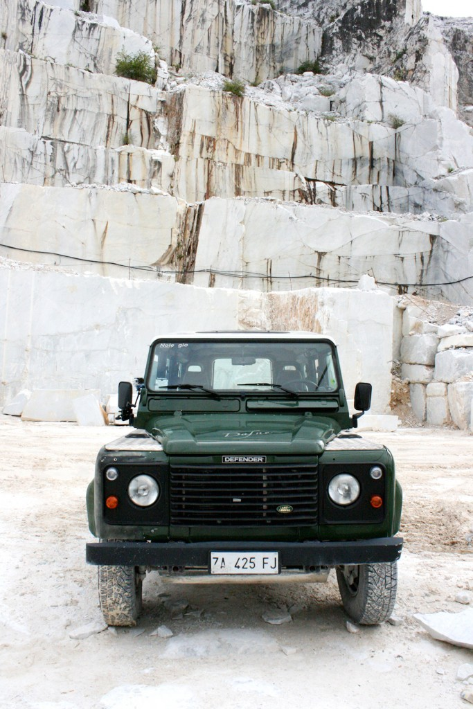 Marble Tours in Carrara 4x4 Defender
