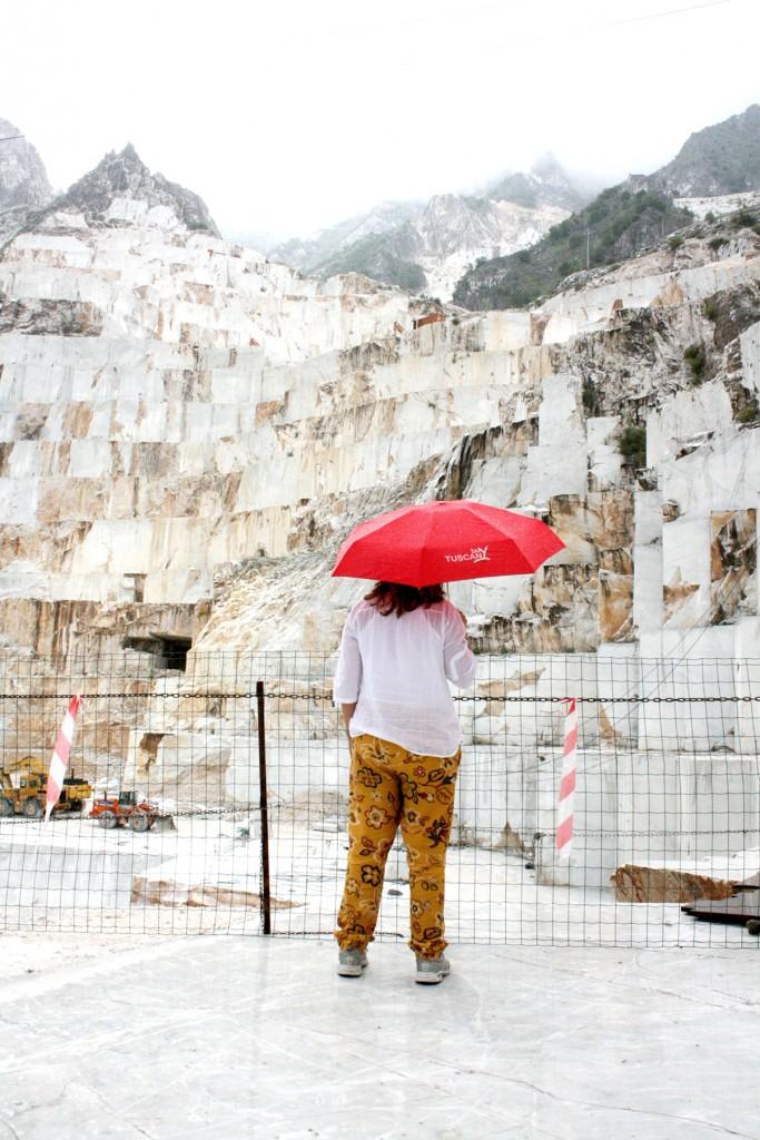 Tour Carrara Marble in Tuscany
