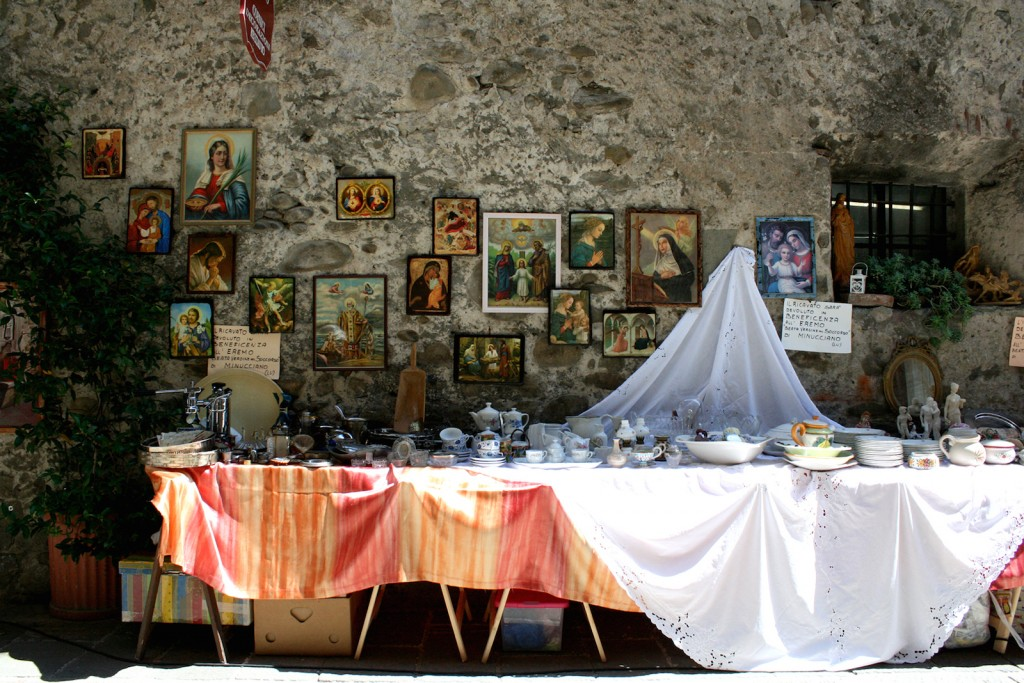 Filetto Tuscany flea markets
