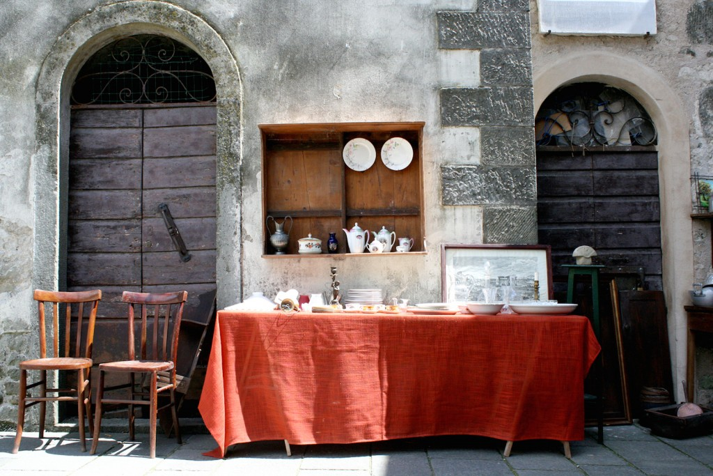 Filetto flea markets in Tuscany