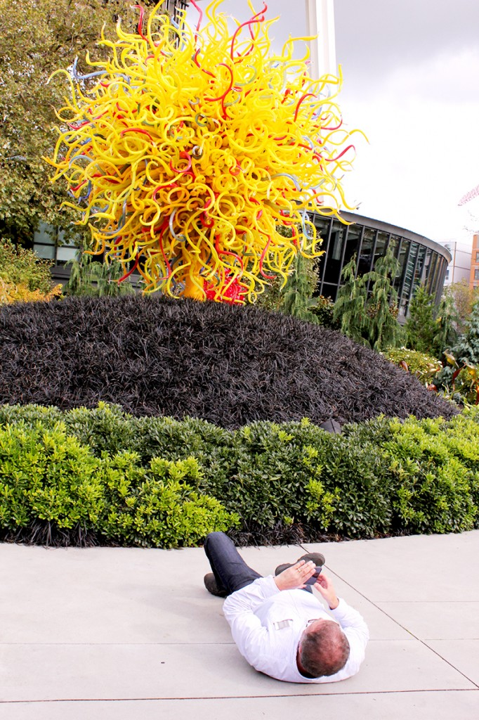 Chihuly in Seattle selfie