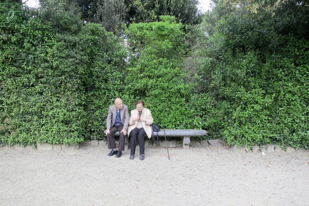 Nonni in Boboli, kiss in Florence