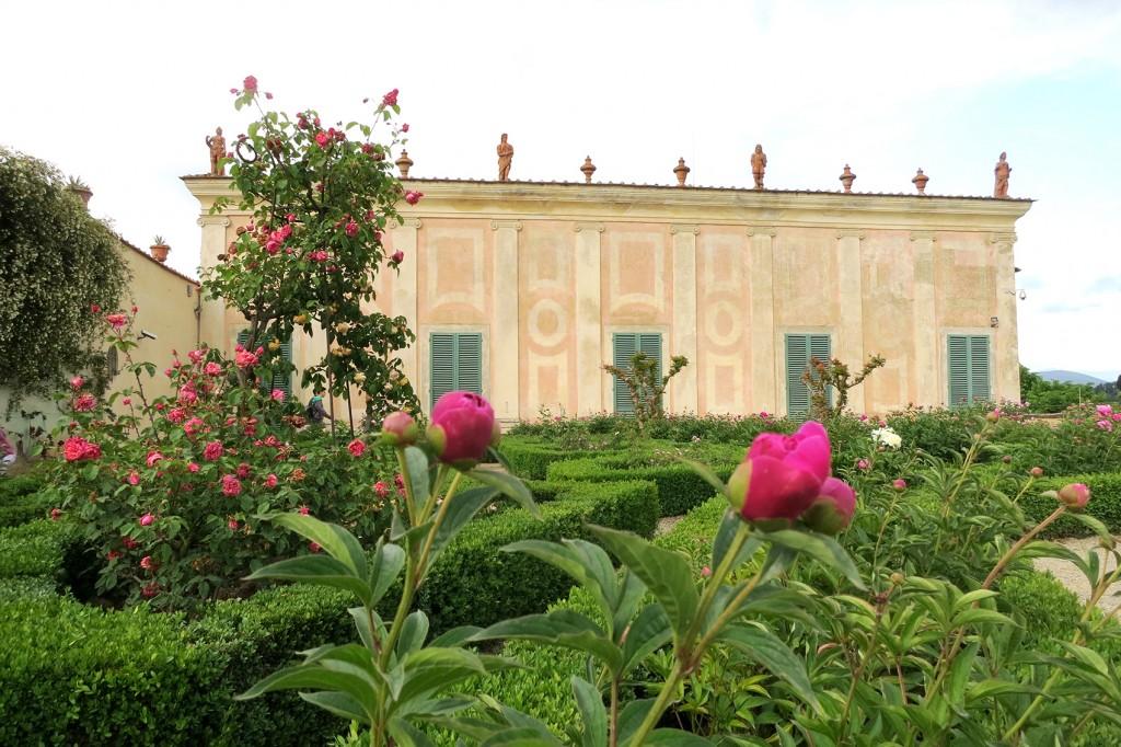 Visit Tuscany in Spring, Rose Garden Boboli